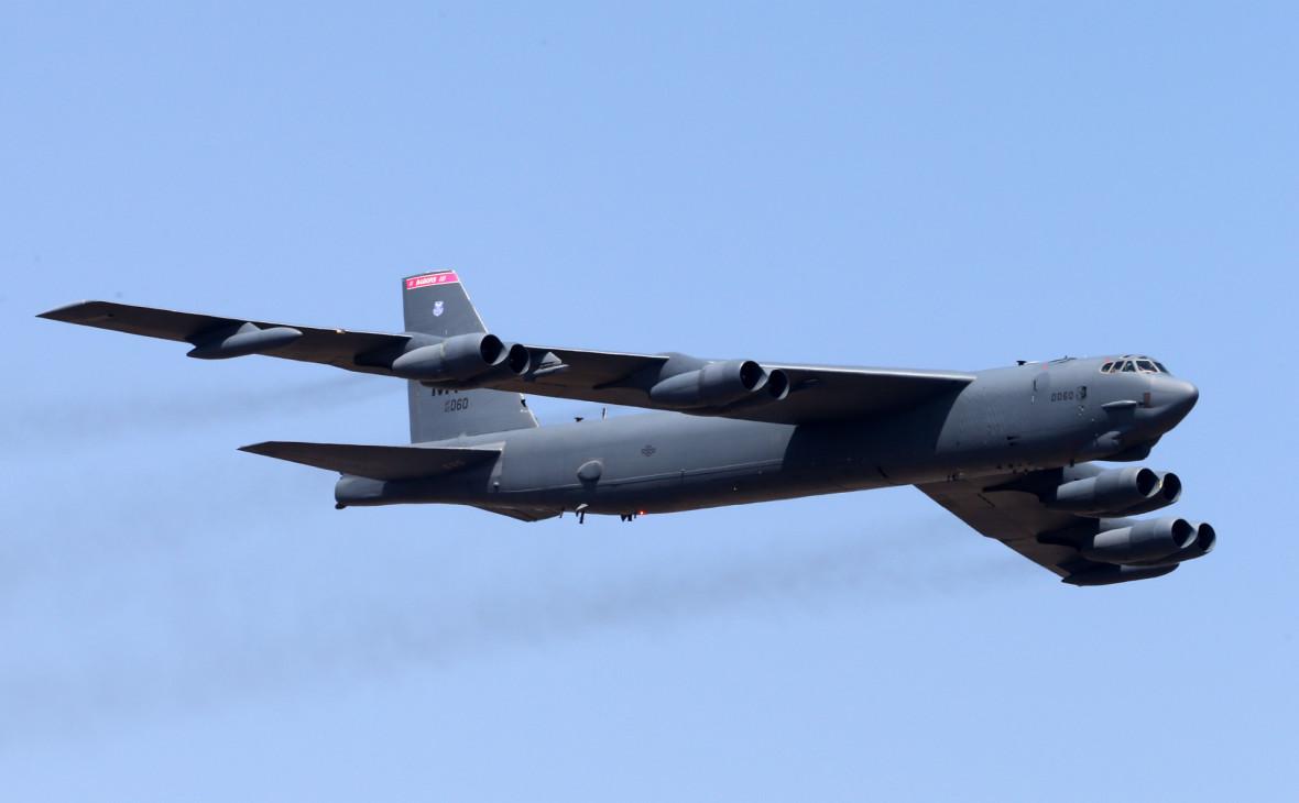 США перебросили B-52 поближе к Ирану после убийства Сулеймани