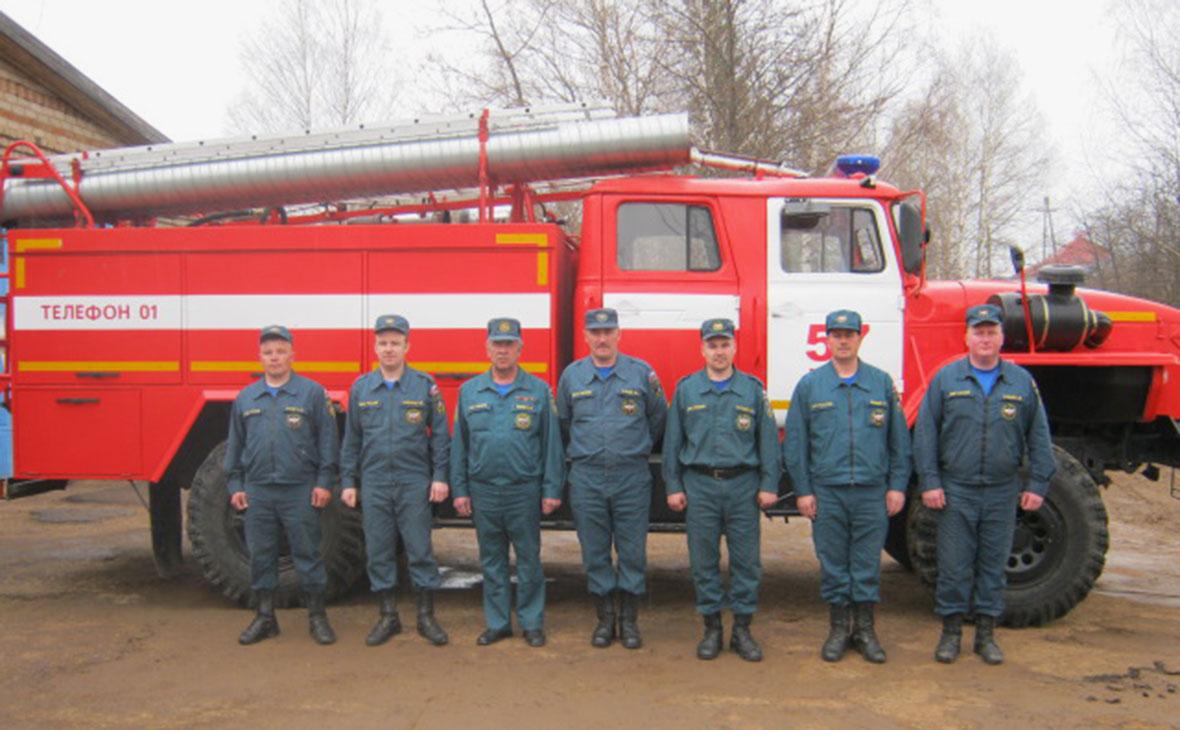 Сотрудники пожарной части № 57
