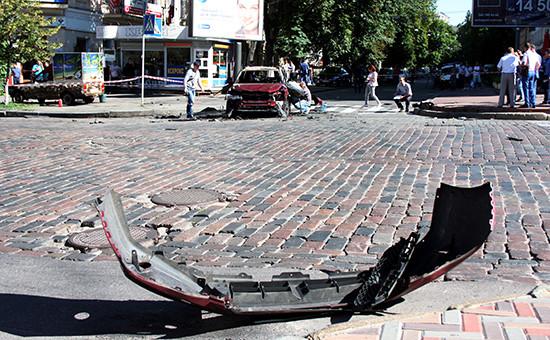 Место взрыва автомобиля, в котором находился журналист Павел Шеремет