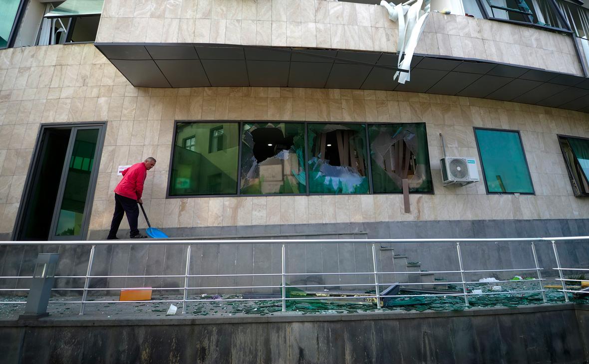 Госпиталь Степанакерта после обстрела