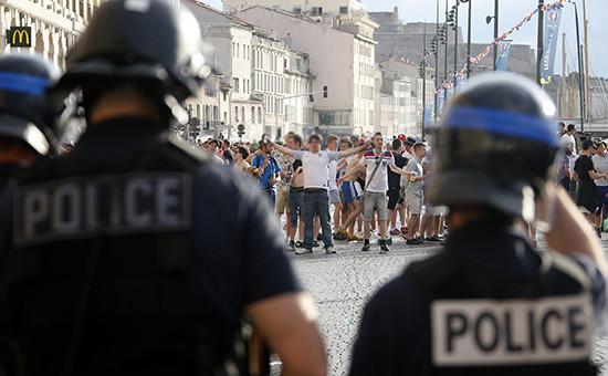 Футбольные болельщики вМарселе