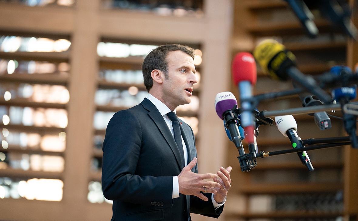 Президент Франции пошел на серьезные уступки «желтым жилетам»
