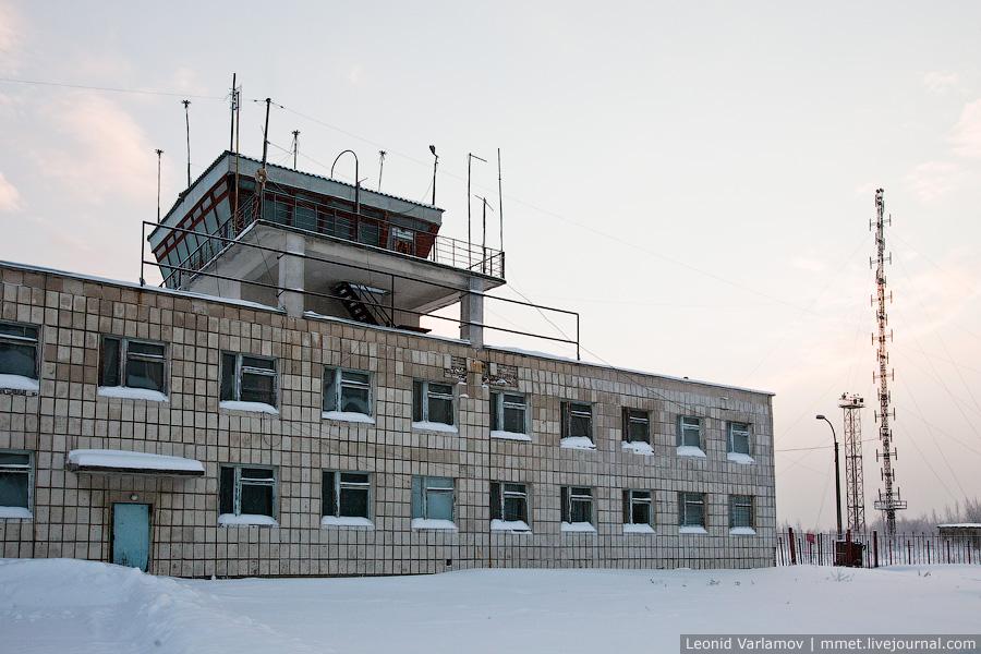 Здание березниковского аэропорта
