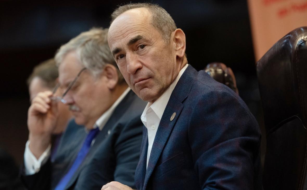 Суд в Армении освободил из-под стражи экс-президента Кочаряна