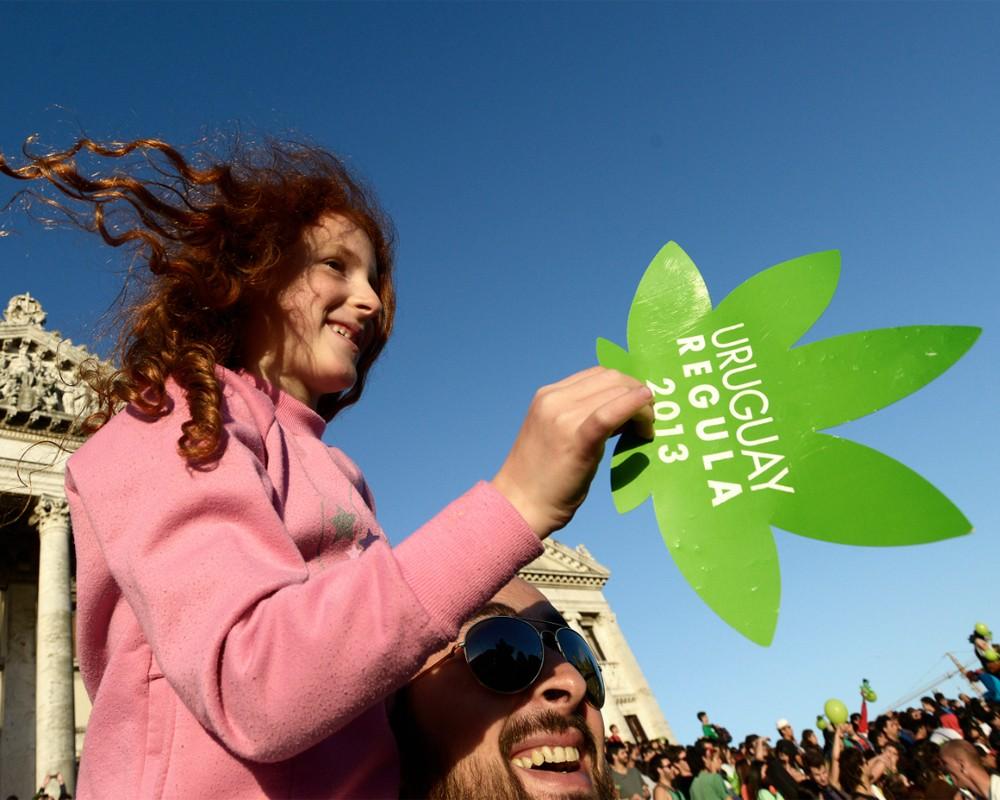 Легализация марихуаны уругвай марихуана разрушает мозг