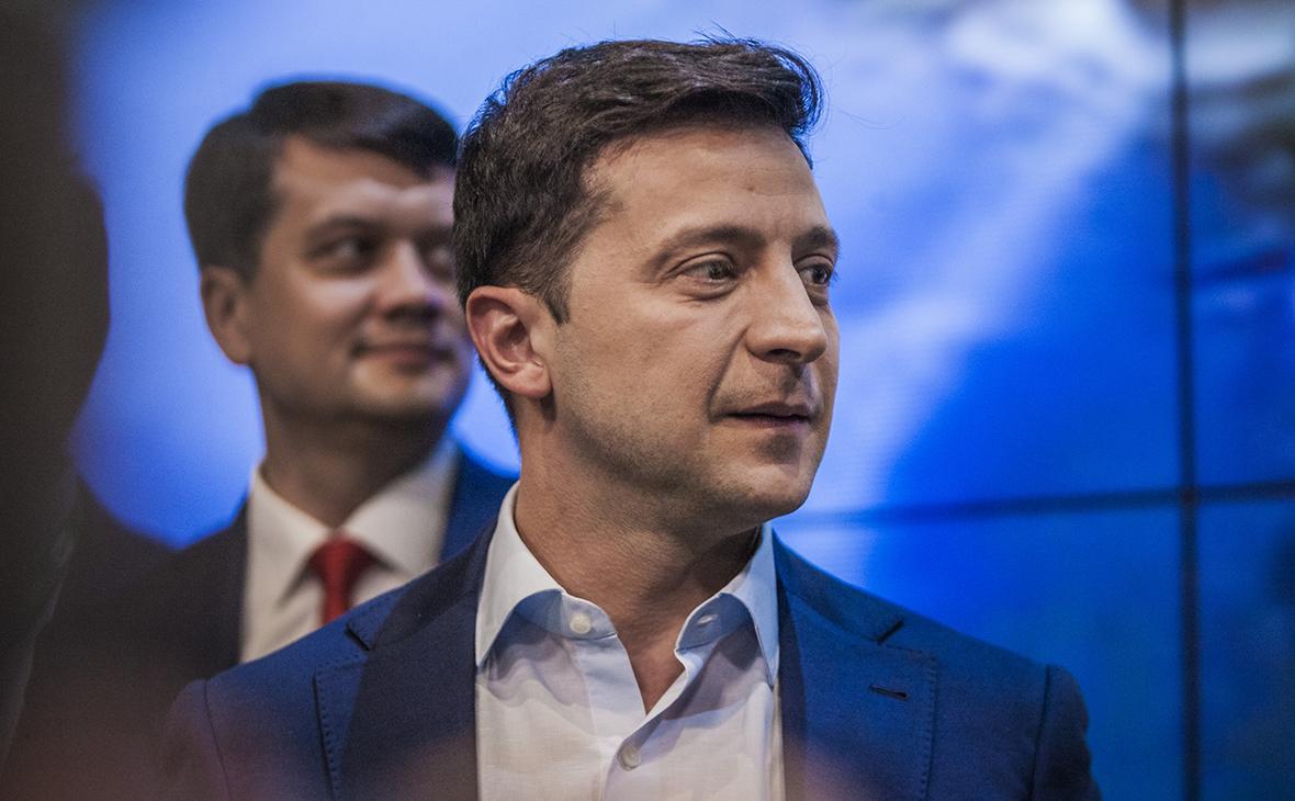 Зеленский назвал своими приоритетами демонополизацию и деолигархизацию