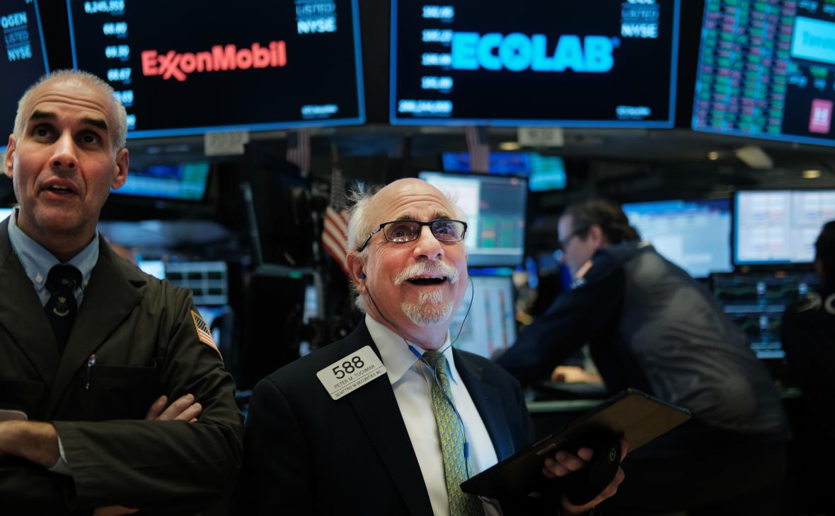 Трейдеры на Нью-Йоркской фондовой бирже (NYSE)