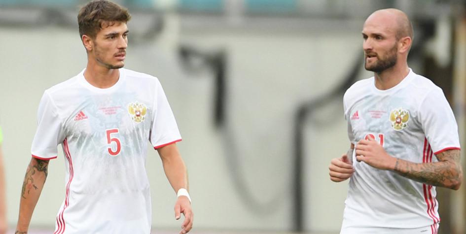 Двух игроков сборной России наказали за поход в клуб после поражения