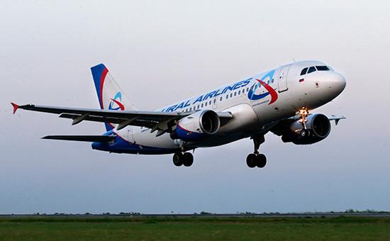 Самолет Airbus A319 авиакомпании «Уральские авиалинии»