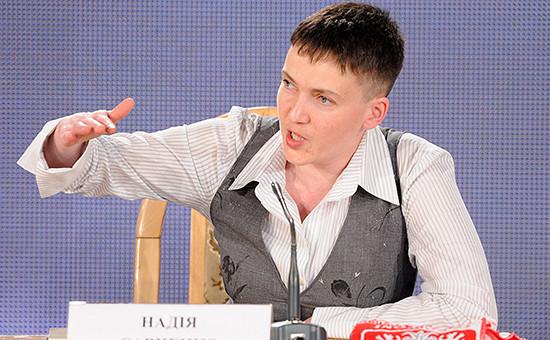Украинская летчица Надежда Савченко на пресс-конференции в Киеве