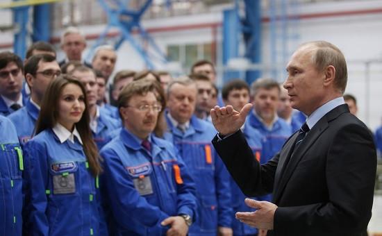 Президент Владимир Путин на церемонии открытия завода 70-летия Победы в Нижнем Новгороде