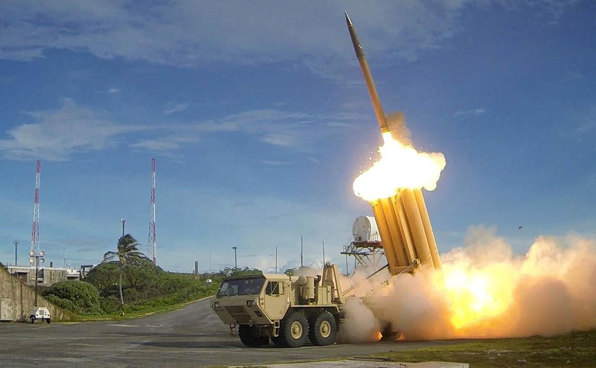 Противоракетный комплекс подвижного наземного базирования для высотного заатмосферного перехвата ракет средней дальности (THAAD)