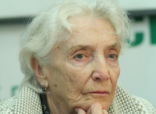 Писатель Людмила Эльяшова.