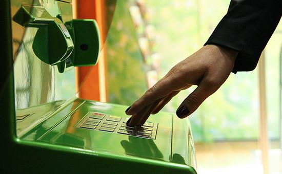 Все ли банки работают по принудительному списанию долгов с дебетовой карты