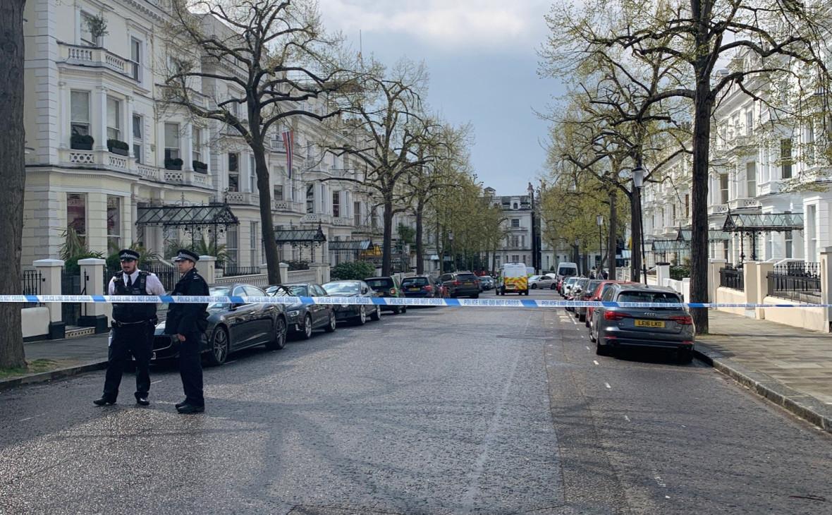Автомобиль посла Украины протаранили в Лондоне