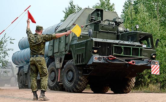 Зенитно-ракетный комплекс С-300 соединения противовоздушной обороны (ПВО)