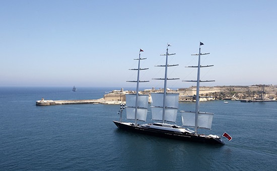 Яхта Maltese Falcon. Архивное фото
