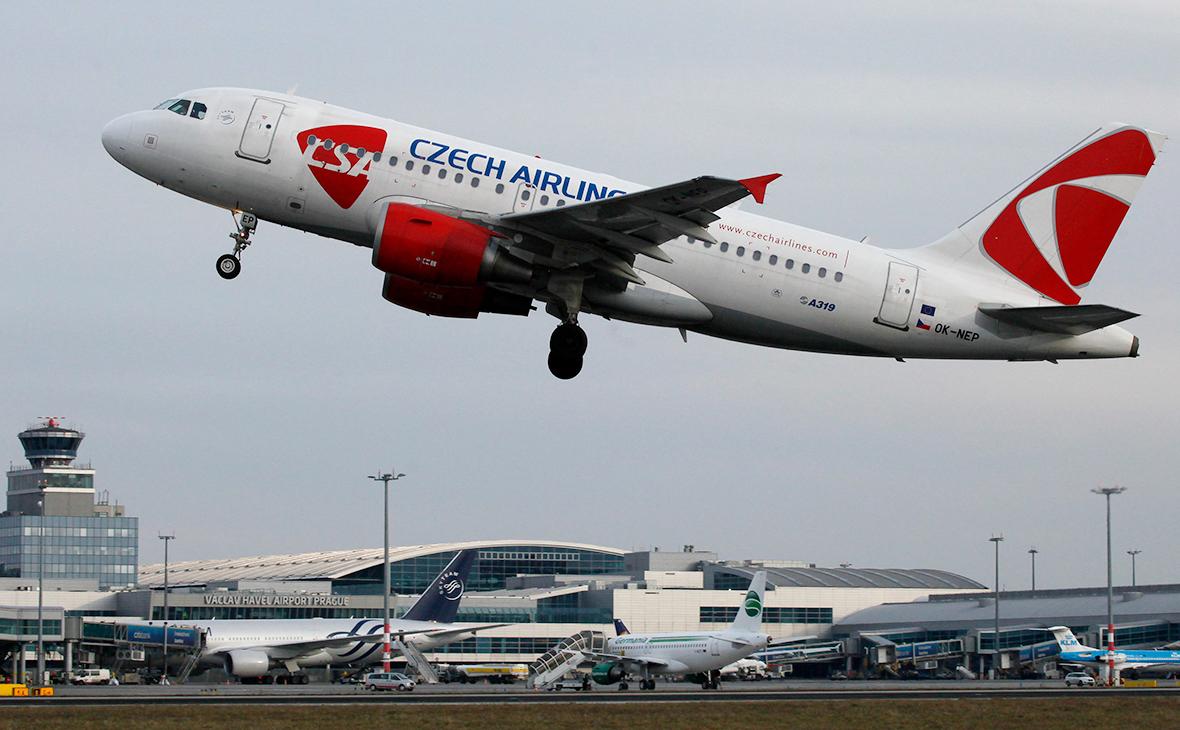 Séc đồng ý không ngắt các chuyến bay với Nga cho đến cuối hè