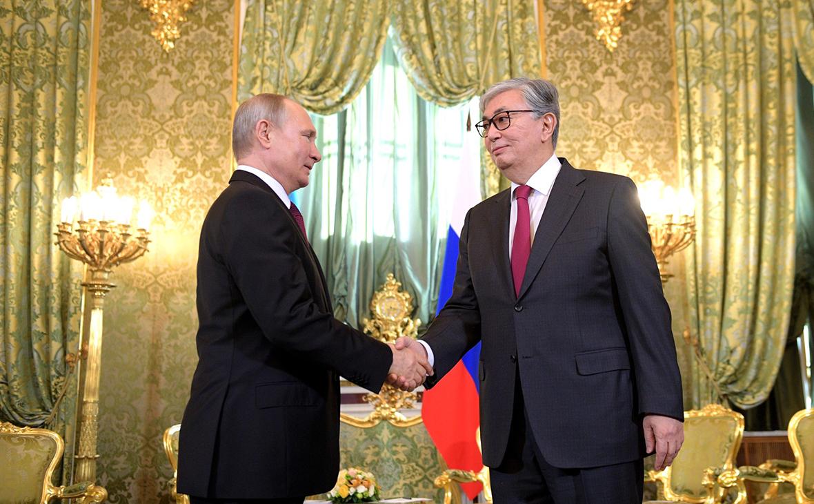 Владимир Путин с Касым-Жомартом Токаевым
