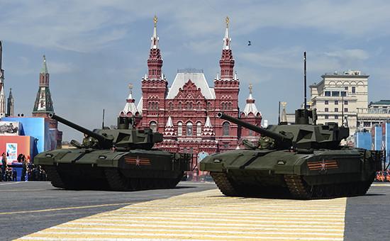 Новейшие танки «Армата» на Красной площади 9 мая 2015 года