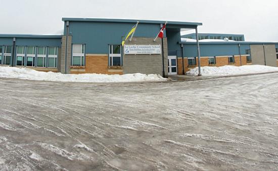 Школа в канадском городеЛа-Лош(провинцияСаскачеван). Архивное фото