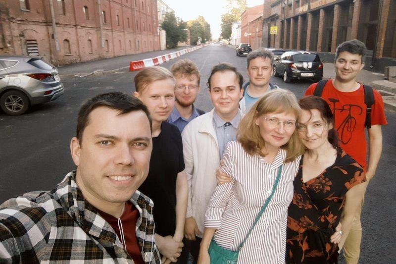 Команда кандидатов в депутаты МО «Екатерингофский» (глава штаба Навального Александр Шуршев— слева)