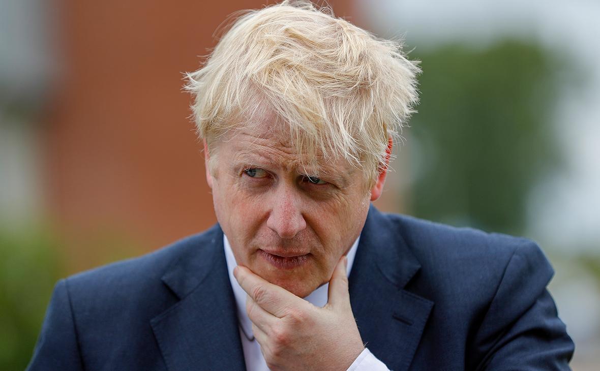 Эксперты предупредили Джонсона о жертвах из-за мягких мер против вируса