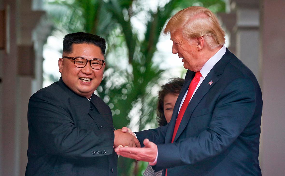 Ким Чен Ын и Дональд Трамп (слева направо)