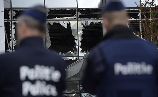 Полиция после теракта вмеждународном аэропорту Брюсселя Завентем