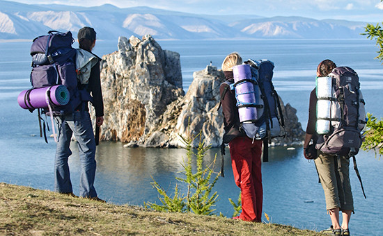Туристы на озере Байкал, 2006 год