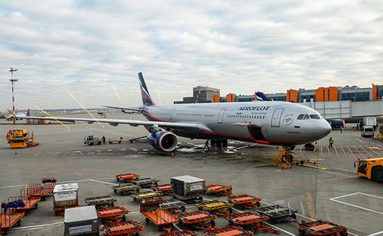 Самолет A330 авиакомпании «Аэрофлот» ваэропорту Шереметьево, октябрь 2015 года
