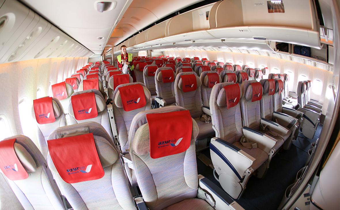 Крупнейший чартер России отменил питание на рейсах короче