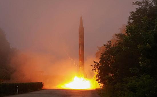 Запускбаллистической ракеты вКНДР