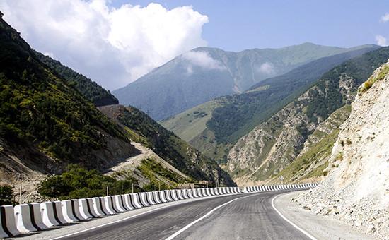 Дорога к городу Цхинвал вЮжной Осетии, 2009 год