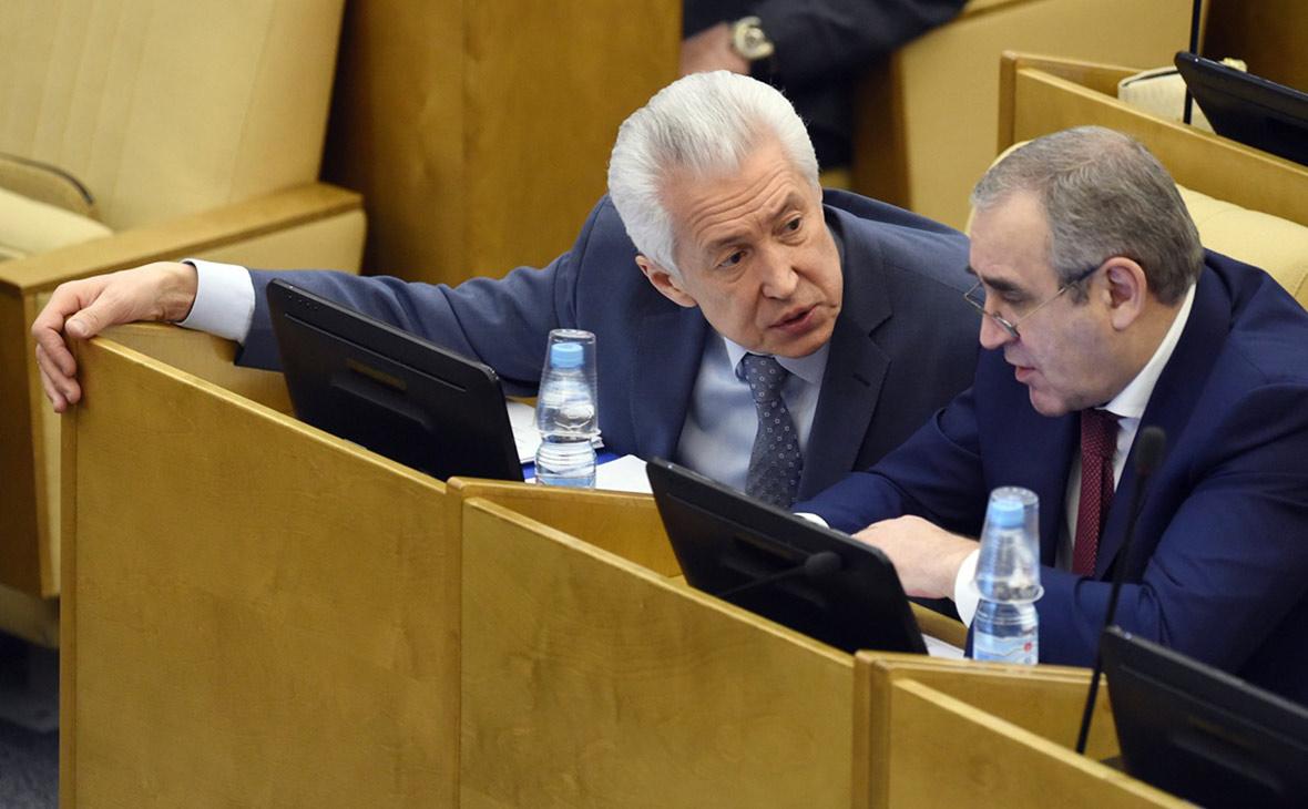 Владимир Васильев (слева) и Сергей Неверов