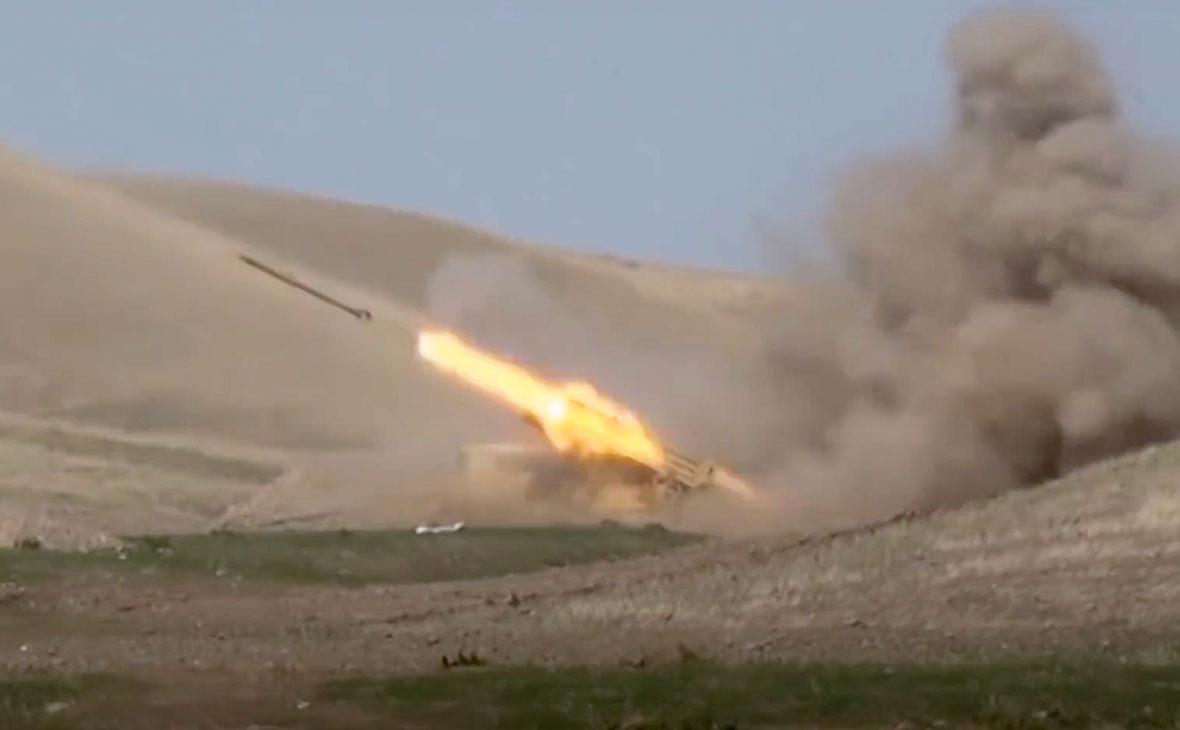 Азербайджан нанес удар по ракетному комплексу на территории Армении