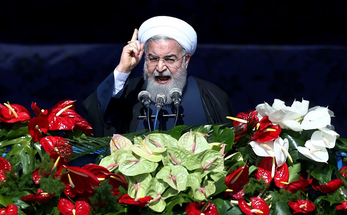 Президент Ирана потребовал от военных извиниться за сбитый самолет