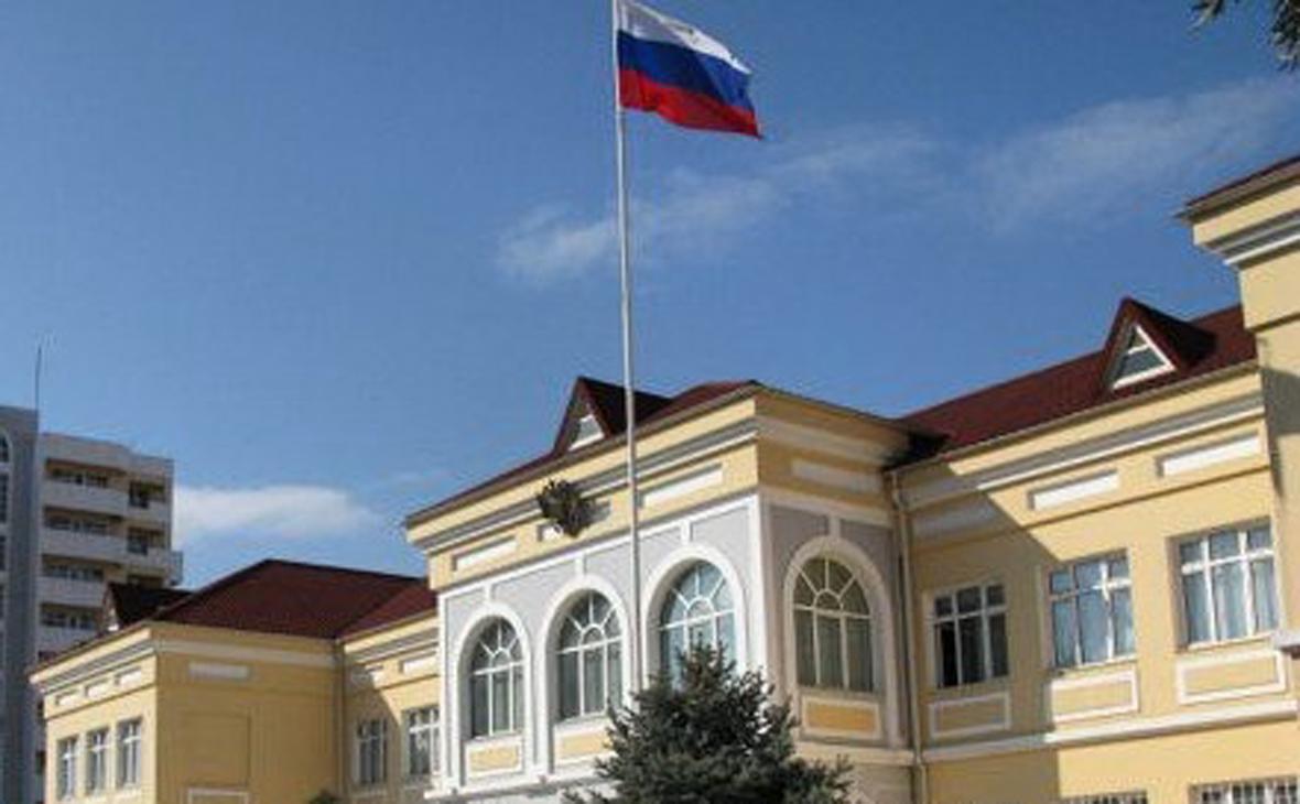 Вид на здание посольства России в Азербайджане