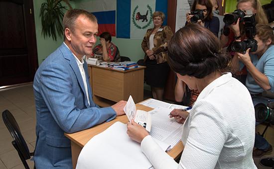 Врио главы Иркутской области Сергей Ерощенко на выборах губернатора Иркутской области