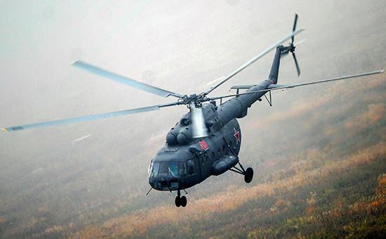 Вертолет Ми-8 во время зачетных тактических учений, 2015 год
