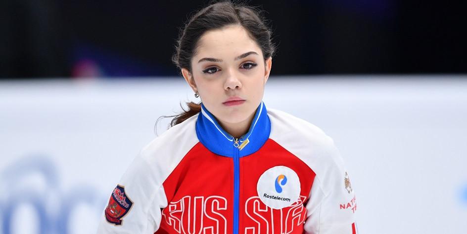 Евгения Медведева выиграла короткую программу на этапе Гран-при в Москве