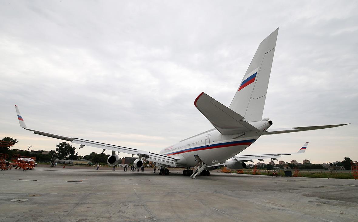 Ил-96летного отряда «Россия»