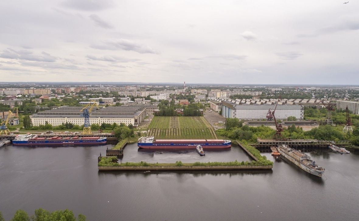 участок Волги в районе судостроительного завода «Красное Сормово»