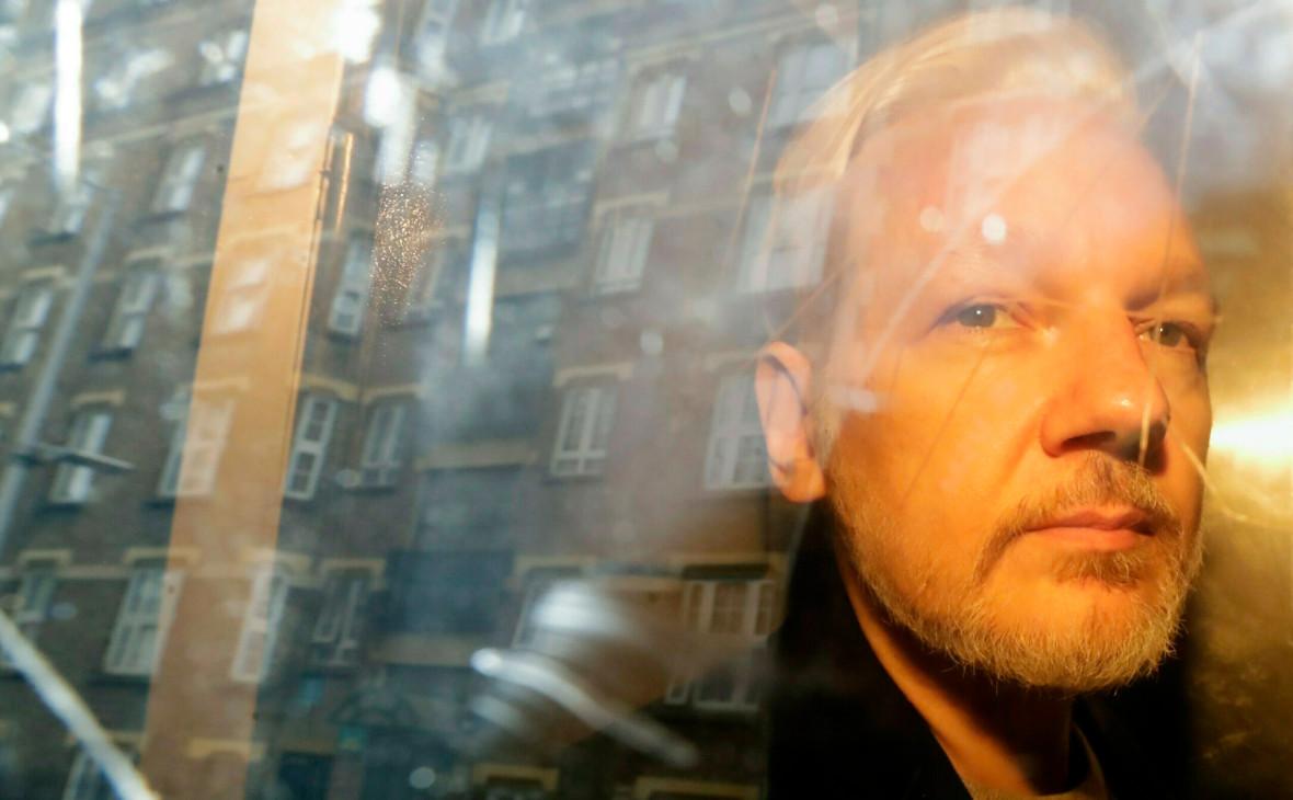 СМИ сообщили о подаче США запроса на экстрадицию Ассанжа