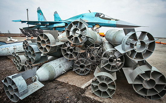 Российский бомбардировщик Су-34  Архивное фото