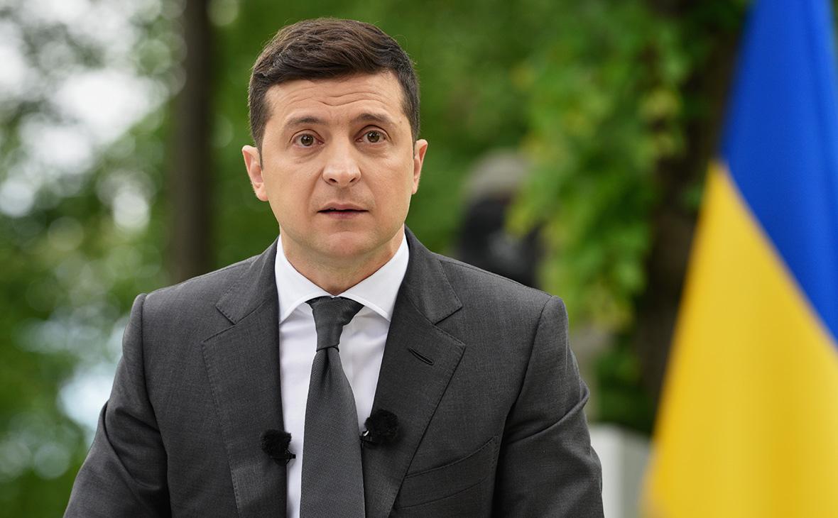 Зеленский перешел на особый режим работы из-за коронавируса у его жены