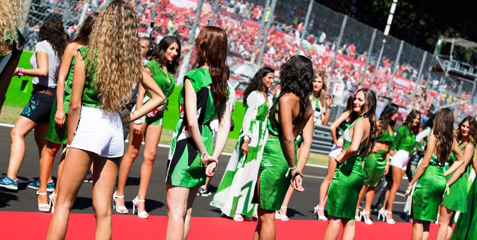 Вместо грид-герлз перед гонками «Формулы-1» на трассу выйдут дети