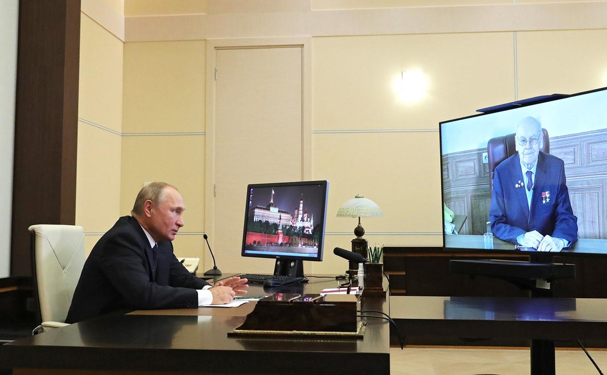 Путин назвал имя автора гиперзвукового блока «Авангард»