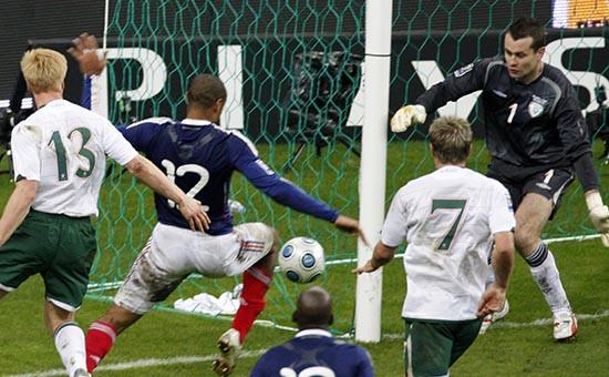 Архивное фото. Стыковой матч между сборными Франции и Ирландиик ЧМ-2010