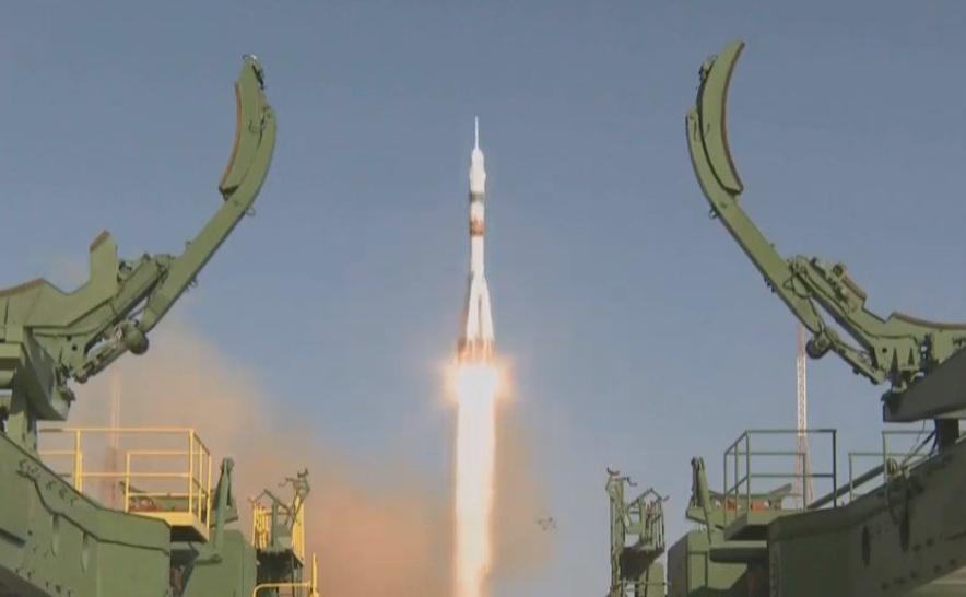 Ракета «Союз» с роботом Федором стартовала с Байконура